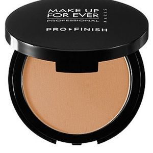 NWT Make Up For Ever 140 Neutral Honey Pro Finish